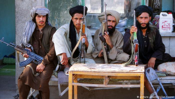 Kämpfer der Taliban in Uruzgan in Afghanistan.