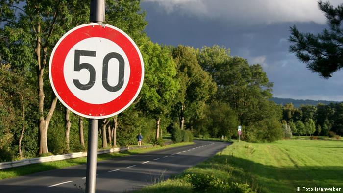 У Німеччині обмеження у 50 км/год в містах - норма