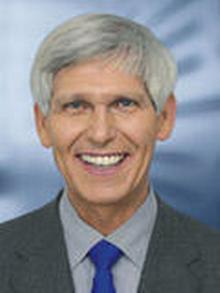 Gert Weisskirche, SPD foreign policy expert