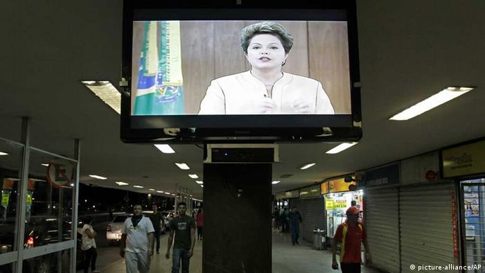 Dilma Rousseff / Brasilien / Fernsehansprache