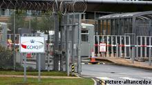 Eingang zum GCHQ-Hauptquartier in Cheltenham (Archivfoto: Steve Parsons/PA Wire)