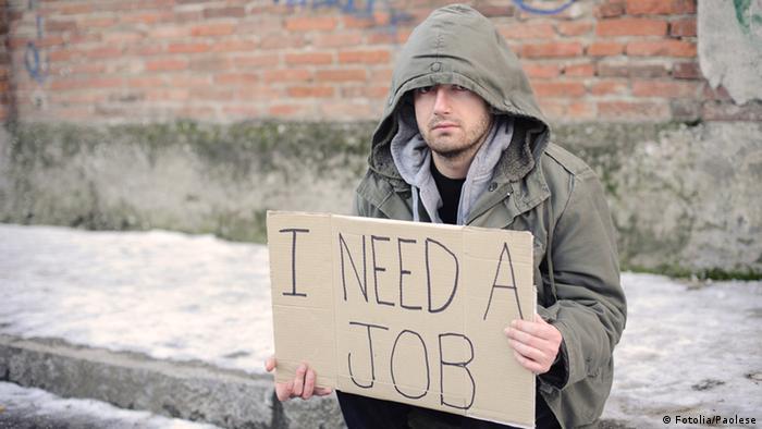Arbeitsloser auf der Suche nach Arbeit (Fotolia/Paolese)