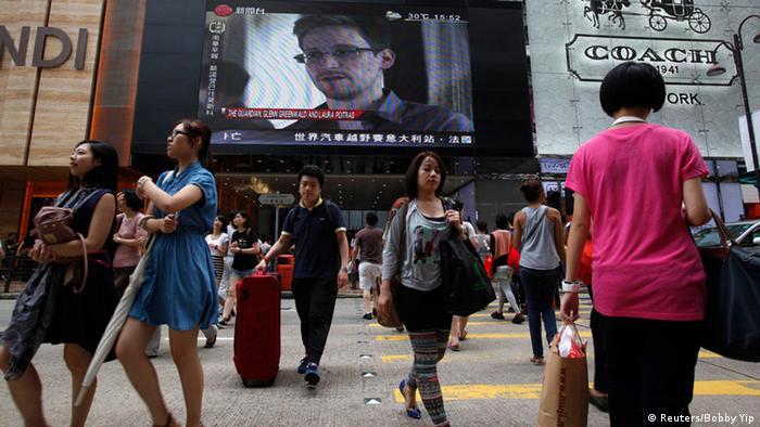 China USA Internet Edward Snowden unterwegs nach Moskau