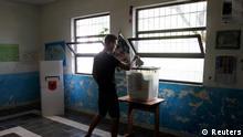 Albanien Wahlen Wähler Wahllokal Wahlurne 23.06.2013