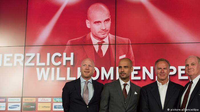 Bayernovi šefovi ponosno predstavljaju novog trenera Guardiolu