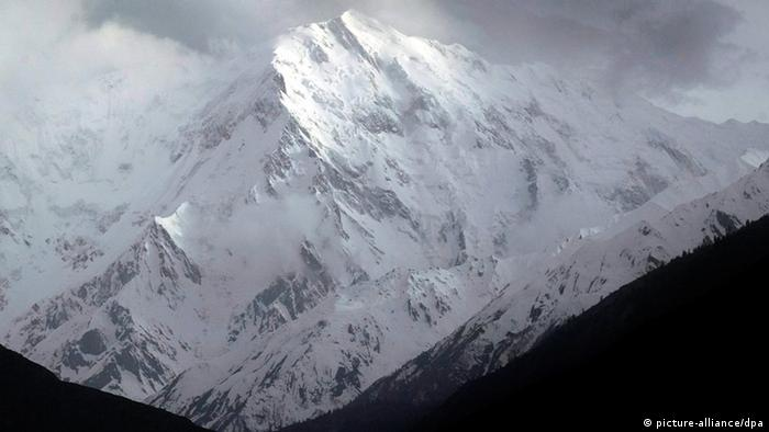 A file picture dated 17 May 2005 shows a view of the Nanga Parbat, with 8126m the 9th highest peak in the world and the westernmost mountain of the Himalayas. (Photo: EPA/OLIVIER MATTHYS)