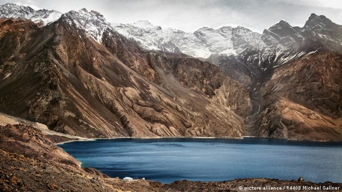 The Pamir mountain range (Photo: picture alliance / R4408 Michael Gallne)