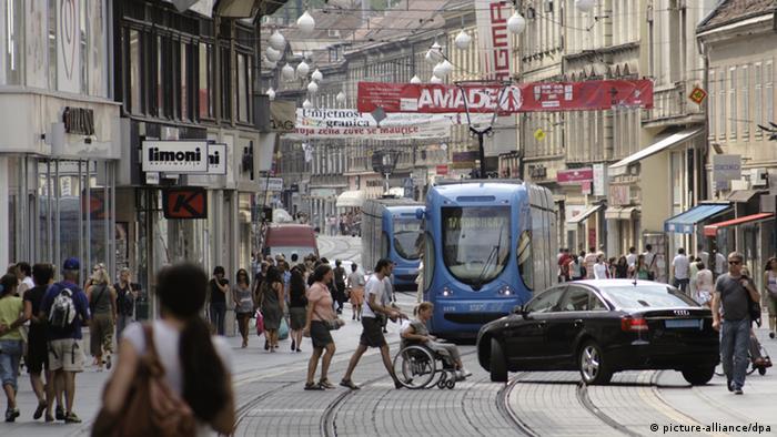 Kroatien Einkaufsstraße Ilica in Zagreb