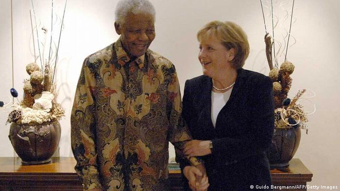 German politicians reacted with shock and dismay to the death of Nelson Mandela. The South African ex-president and Nobel Peace Prize laureate will be ...