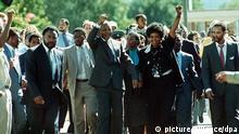 Südafrika Geschichte Freilassung von Nelson Mandela in Kapstadt