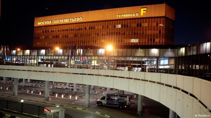 An exterior view shows Moscow's Sheremetyevo airport June 26, 2013. President Vladimir Putin confirmed on Tuesday Edward Snowden, a former U.S. spy agency contractor sought by the United States, was in the transit area of a Moscow airport but ruled out handing him over to Washington, dismissing U.S. criticisms as ravings and rubbish
