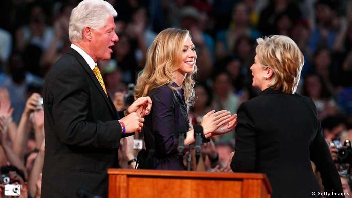 Hillary Rodham Clinton und Bill Clinton Ende der Kampagne