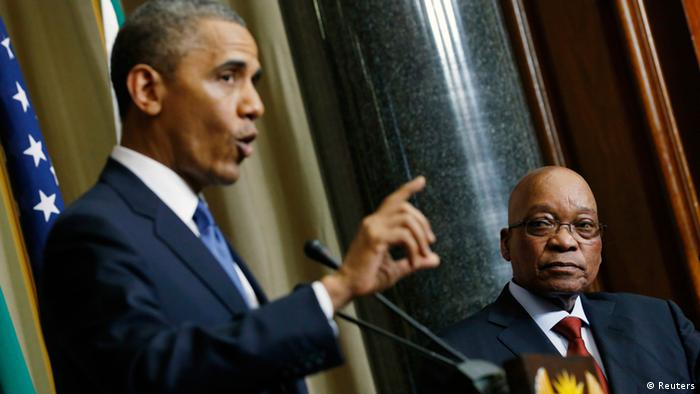 U.S. President Barack Obama (L) speaks during a joint news conference with South Africa's President Jacob Zuma at the Union Buildings in Pretoria, June 29, 2013. REUTERS/Jason Reed (SOUTH AFRICA - Tags: POLITICS)