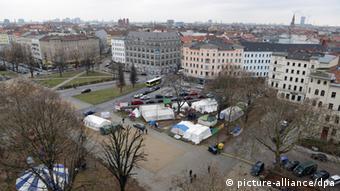 Nach einem 600 Kilometer langen Protestmarsch durch Deutschland bezogen Flüchtlinge im Oktober 2012 auf dem Oranienplatz in Kreuzberg Quartier. (Foto:dpa)