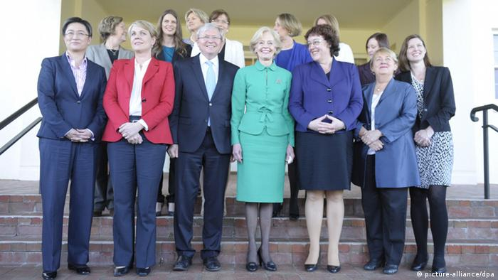 epa03769034 Governor-General Quentin Bryce (C) and Prime Minister Kevin Rudd (C-L) pose for photographs with the female ministers of the new ministry at Government House in Canberra, 01 July 2013. Kevin Rudd was sworn in as Australia's new prime minister 27 June after defeating former premier Julia Gillard in a caucus ballot. Three years after being deposed by Gillard, Rudd resumed the Labor Party's top post and became the head of a minority government with just two days left in the parliamentary term. EPA/ALAN PORRITT AUSTRALIA AND NEW ZEALAND OUT pixel