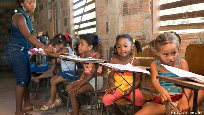 Schule Bildung Armut Brasilien