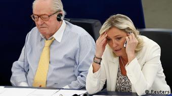 Marine Le Pen, líder del partido de ultraderecha francés Frente Nacional, en el Parlamento Europeo.
