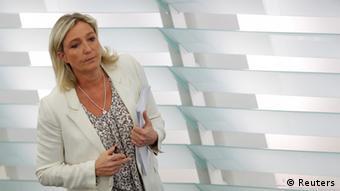 Марін Ле Пен теж запросили до Криму
