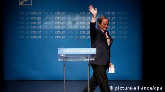 A file picture dated 03 June 2013 of Portuguese Minister of State and Foreign Affairs, Paulo Portas waving during an event in Oeiras. (Photo: EPA/ANDRE KOSTERS)