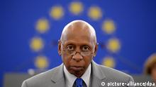 En la imagen, Guillermo Fariñas durante la ceremonia (3.7.2013) en la que el Parlamento Europeo le entregó el Premio Sájarov 2010.