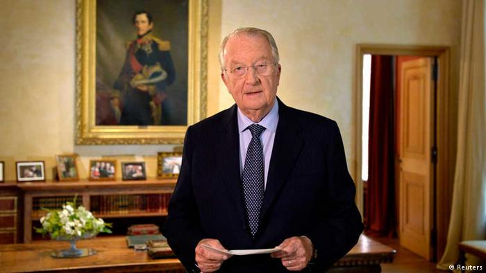 Belgium's King Albert II gives a televised address to the nation (Photo: REUTERS/Eric Lalmand/Pool)