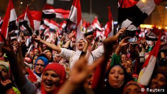 Jubel auf dem Tahrir-Platz nach Absetzung Mursis