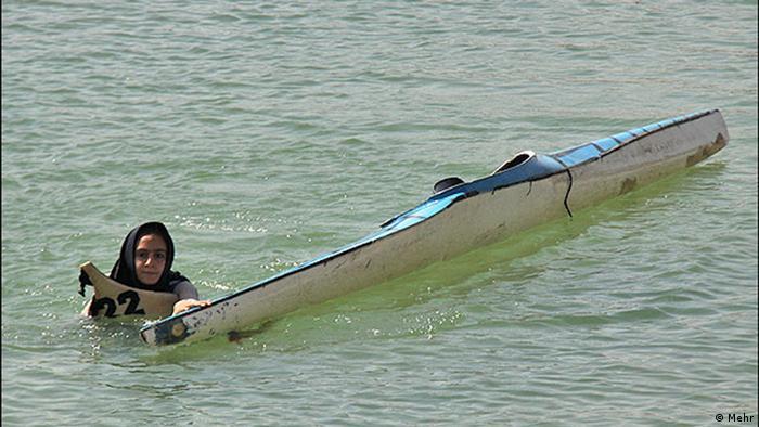 زنان قایقران ایران با کمترین امکانات در صحنههای بینالمللی درخشیدهاند.
