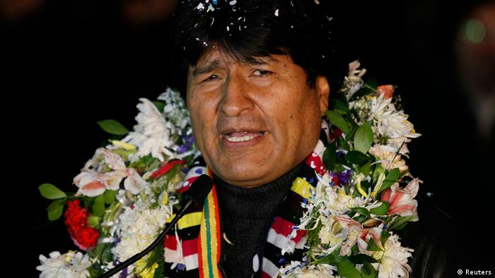 Bolivia's President Evo Morales is pictured after his arrival at the El Alto airport on the outskirts of La Paz, July 3, 2013. South American leaders, outraged by the diversion of a Bolivian presidential plane in Europe over the Edward Snowden affair, weighed on Wednesday whether to hold an emergency summit to denounce what some called a U.S.-led act of aggression. REUTERS/David Mercado (BOLIVIA - Tags: POLITICS CIVIL UNREST)