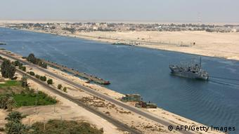 An aerial shot of the Suez Canal (Photo: CRIS BOURONCLE/AFP/Getty Images)