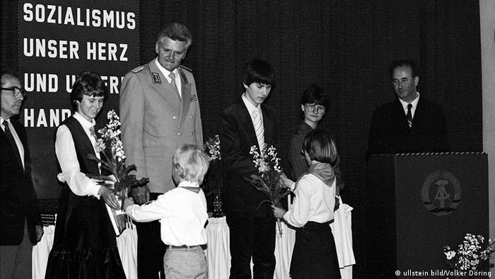Deutsche Demokratische Republik - Biederitz: Jugendweihe - 01.10.1984 (Foto: Ullstein)