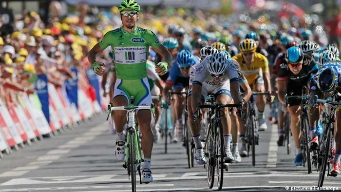 Peter Sagan gewinnt die 7. Etappe der Tour 2013 (Foto: AP Photo/Laurent Rebours)