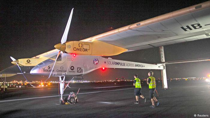 Solarflugzeug Solar Impulse USA New York Flugzeug