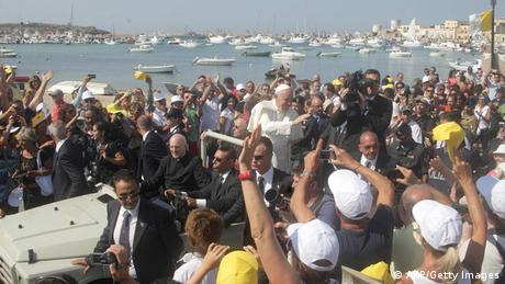 Pope Francis visits migrants on the Italian island of Lampedusa (AFP/Getty Images)