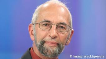 Erich Schmidt-Eenboom, Geheimdienstexperte und Leiter des Forschungsinstitut für Friedenspolitik in Weilheim (Foto: imago/Müller-Stauffenberg)