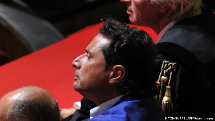 Francesco Schettino beim Prozessauftakt (Foto: AFP/Getty Images)