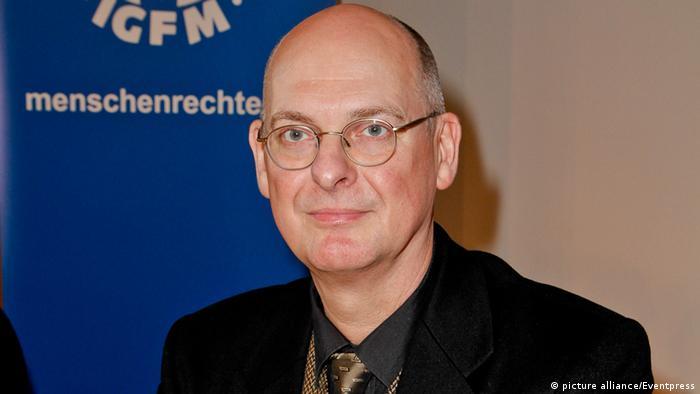 Martin Lessenthin Menschenrechtler