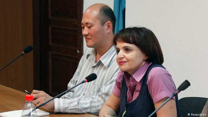 На пресс-конференции: Оксана Макушина и Сергей Зелепухин