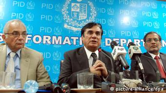 Abbottabad-Kommission unter Ex-Richter Javed Iqbal in Islamabad 2011 (Foto: picture-alliance/dpa)