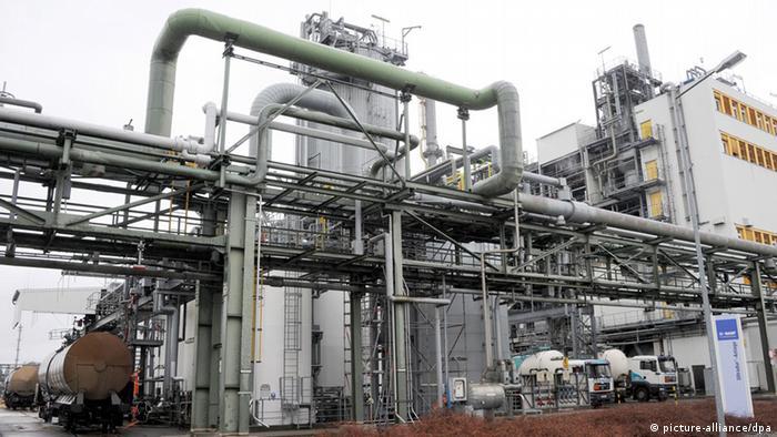 Stagnierende Chemie-Industrie hofft auf Europa