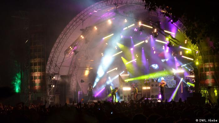 Une scène de musique reggae du festival summerjam en Allemagne