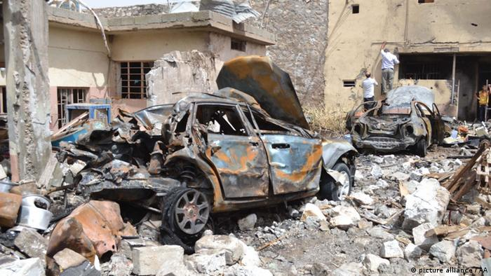 24 people injured during a truck bomb blast in the Tuzhurmatu district of Saladin province Iraq where mostly Turkmen people live. (Photo: Stringer/Anadolu Agency)