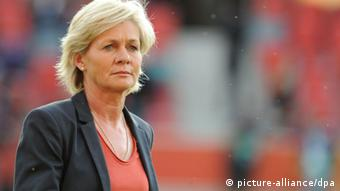 German Coach Silvia Neid before the UEFA Women's EURO 2013 Group B soccer match between Germany and the Netherlands at the Växjö Arena in Vaxjo, Sweden, 11 July 2013 on the field. Photo: Carmen Jaspersen/dpa +++(c) dpa - Bildfunk+++