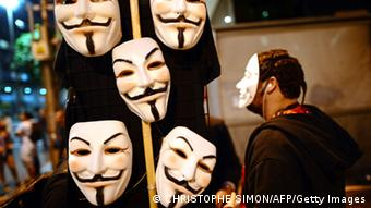 Masken von Anonymous. (Foto: Christophe Simon/AFP)