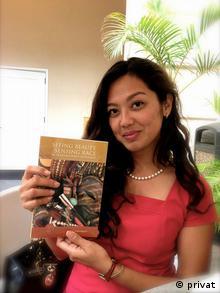 Penulis Indonesia yang berdomisili di Hawaii, Luh Ayu Saraswati