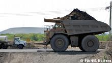 ***Die Bilder dürfen im Rahmen der Berichterstattung über die Importkohletour kostenfrei verwendet werden. *** Kohletransporter in Cerrejon.