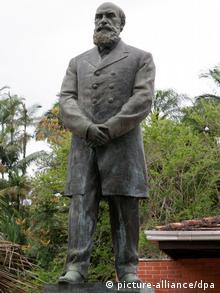 Denkmal des Stadtgründers Hermann Blumenau (Foto: picture-alliance/dpa)