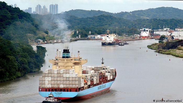 Stoljeće brodskog puta kroz prašumu - Panamski kanal 0,,16952979_303,00