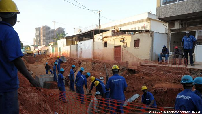 Angola Luanda construction work (ISSOUF SANOGO/AFP/Getty Images)