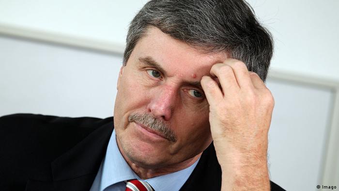 Deutschland Auto Autoexperte Ferdinand Dudenhöffer