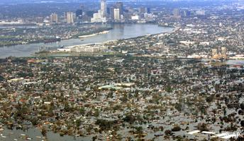 Hurrikan Katrina Luftbild auf das überflutete New Orleans